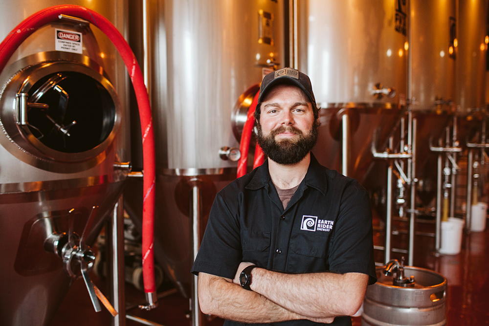Earth Rider lead brewer Tim Wilson // Photo by JaneCane Photography