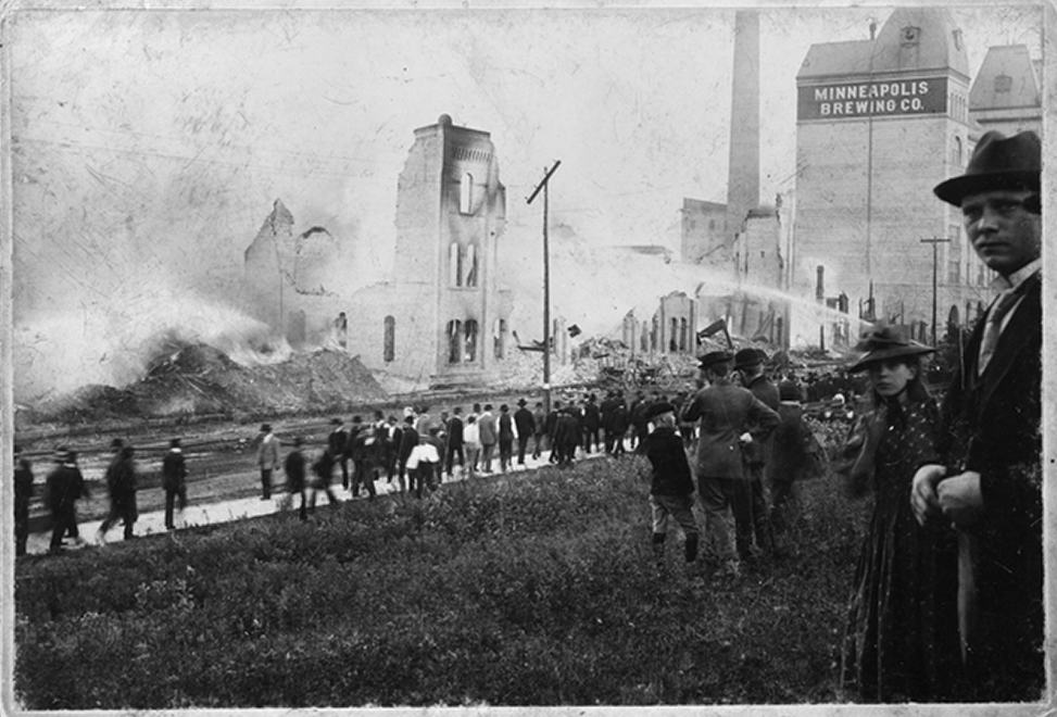 A photo of the 1889 electrical fire // Photo courtesy Minnesota Historical Society