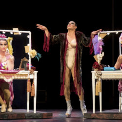 A lesson in drag at Guthrie Theater