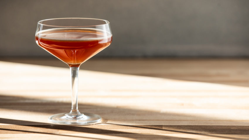 Strong tea and sweet honey are the recipe for the perfect non-alcoholic cocktail