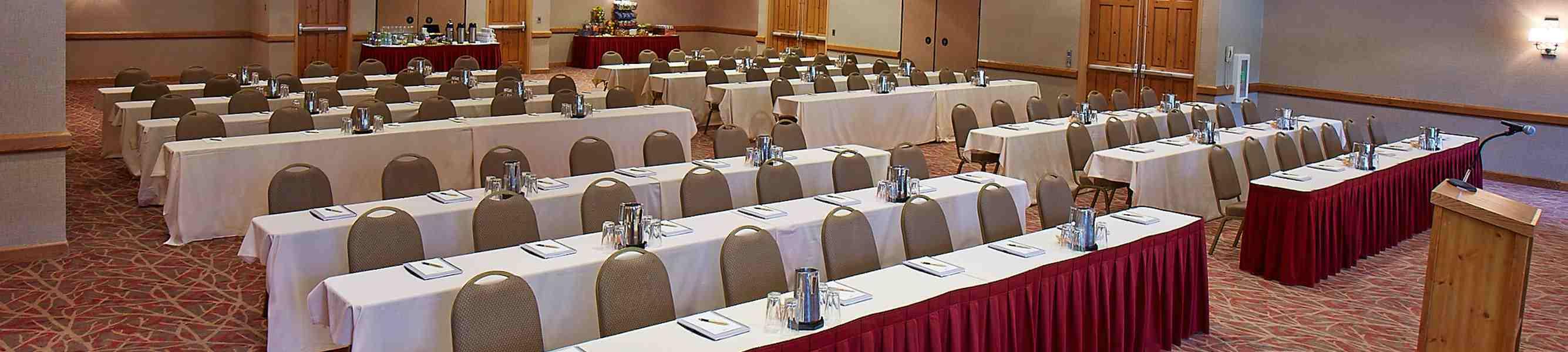 Cascasdes Meeting Room