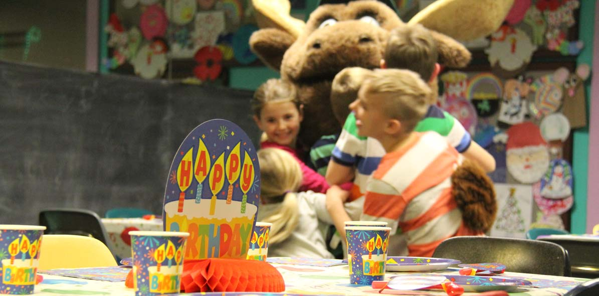 Fun birthday parties with charming OX mascot at Timber Ridge Lodge and Waterpark