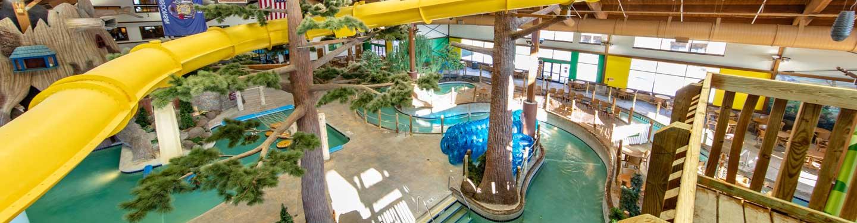 Water games at indoor waterpark | Timber Ridge Lodge