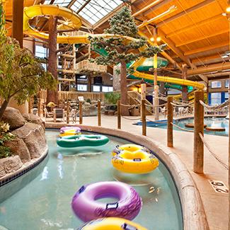 Indoor Waterpark and swimming pool at Timber Ridge Lodge
