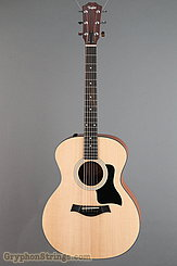Taylor Guitar 114e NEW