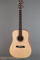 2015 Kremona Guitar M-10