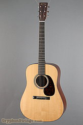 Martin Guitar Custom Dreadnought Style 21 NEW
