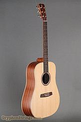 2017 Kremona Guitar M-10 Image 2