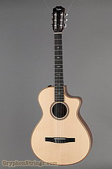 Taylor 712ce-N NEW