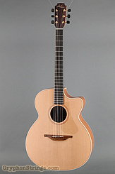 Lowden Guitar O-22C NEW