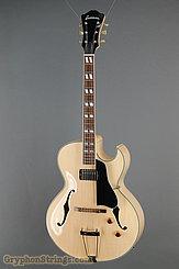 Eastman Guitar AR371 CE-BD NEW