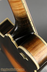2009 Eastman Mandolin MD815V Image 31