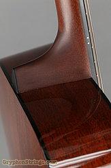 2015 Martin Guitar 000-18 Image 28