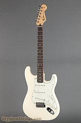 2015 Fender Guitar Standard Stratocaster (MIM) White