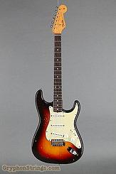 1962 Fender Guitar Stratocaster Sunburst Image 9