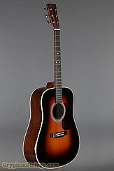 Martin Guitar D-28 Sunburst (2017) NEW Image 2