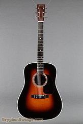 Martin Guitar D-28 Sunburst (2017) NEW Image 9
