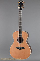Taylor Guitar Custom GC, Cedar/Rosewood NEW