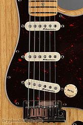 2000 Fender Guitar American Deluxe Stratocaster Ash Body Image 11