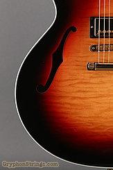 2005 Gibson Guitar ES-137 Custom Sunburst Image 13