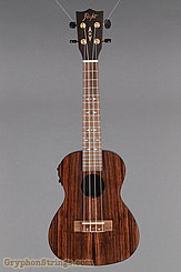 Flight Ukulele DUC 460 CEQ NEW