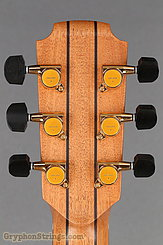 Lowden Guitar O-22 Red Cedar/Mahogany NEW Image 15