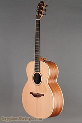 Lowden Guitar O-22 Red Cedar/Mahogany NEW Image 8
