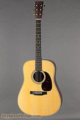 2017 Martin Guitar D-28
