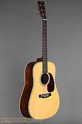 Martin Guitar HD-28V NEW Image 2