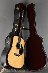 Martin Guitar HD-28V NEW Image 20