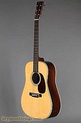 Martin Guitar HD-28V NEW Image 8
