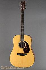 Martin Guitar D-18 Premium Adirondack VTS Spruce NEW