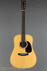 Martin Guitar Custom Shop Style 28 Dreadnought w/VTS Top NEW Image 9