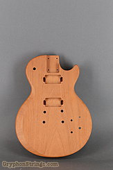 - unknown Guitar single cutaway body