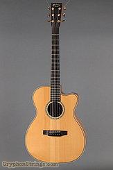 2005 Martin Guitar OMC Fingerstyle 1