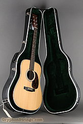 2003 Martin Guitar HD-28 Image 19