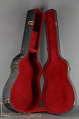 c. 1975 Gibson (Harptone) Case ES-175 or Similar Image 5