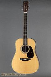 Martin Guitar D-28 NEW