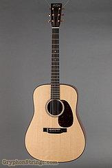 Martin Guitar D-18 Modern Deluxe NEW
