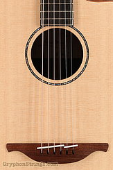 Lowden Guitar S-35c 12-Fret Sitka Spruce/ Indian Rosewood NEW Image 11