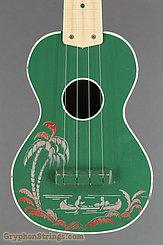 c. 1950 Harmony Ukulele Green Hawaiian Stencil Image 8
