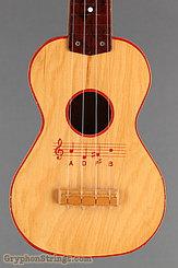 c. 1955 Harmony Ukulele Musical Notes Image 8