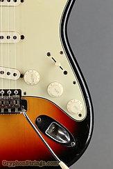 1965 Fender Guitar Stratocaster Sunburst Image 16