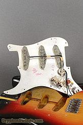 1965 Fender Guitar Stratocaster Sunburst Image 39