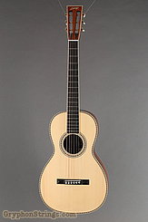Collings Guitar Parlor Deluxe  A Traditional Ma...