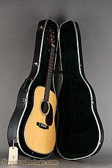 Martin Guitar HD-28  NEW Image 12