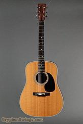 2004 Martin Guitar D-28