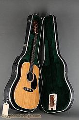 2004 Martin Guitar D-28 Image 15