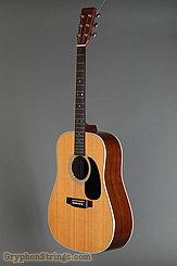 2004 Martin Guitar D-28 Image 6