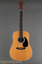 2004 Martin Guitar D-28 Image 7